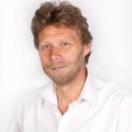 Dr Leo van der Pol
