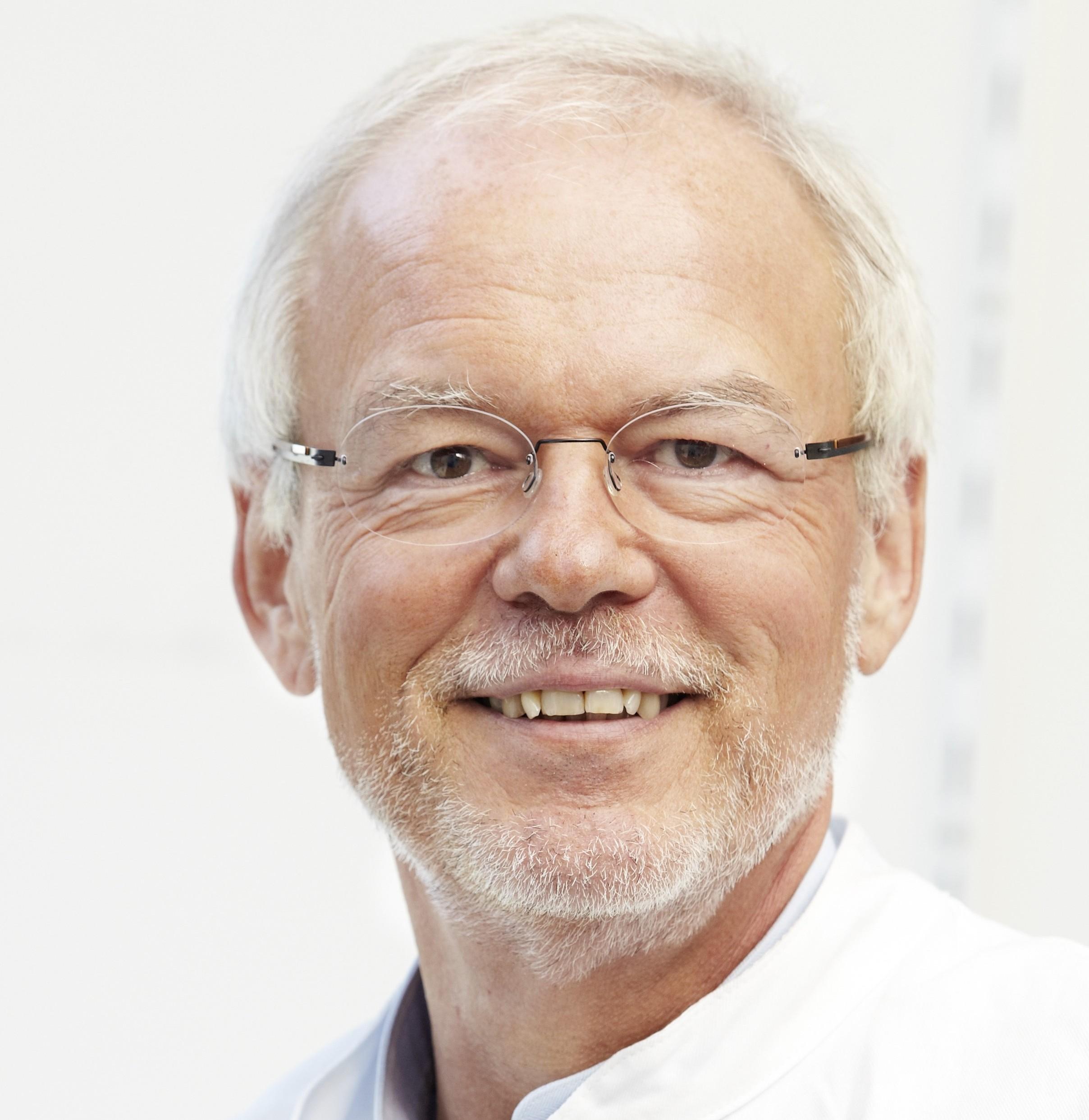 Prof. Dr Dr h.c. Stefan H.E. Kaufmann