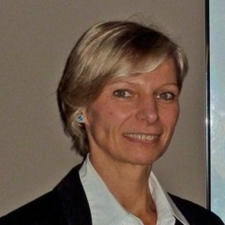 Dr Beatrice De Vos, MD, PhD
