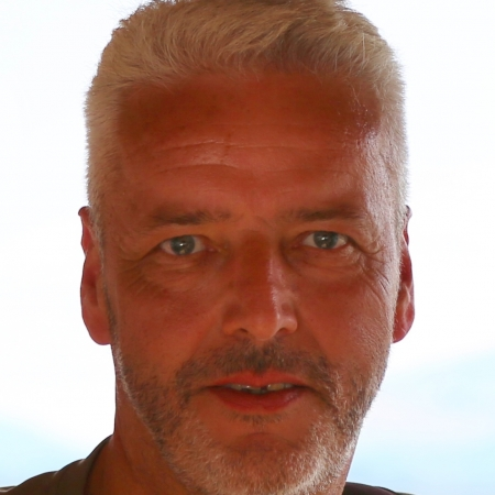 Dr Gerald Voss