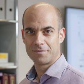 Professor Daniel Pinschewer